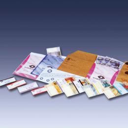 pásky a vrecká na peniaze